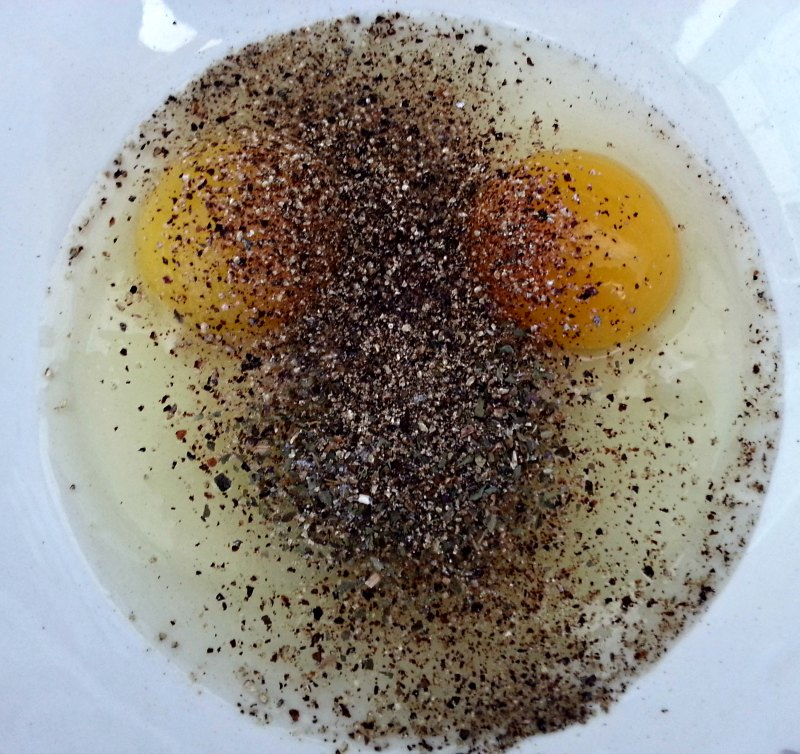 Egg and Pepper Face