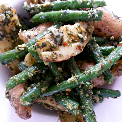 Finglering Potatoes & Green Beans with Pesto 1