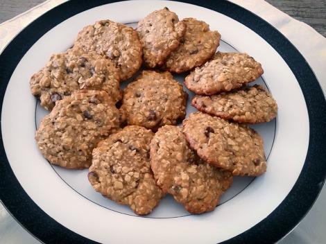 Chocolate Chip Banana Oatmeal Cookies
