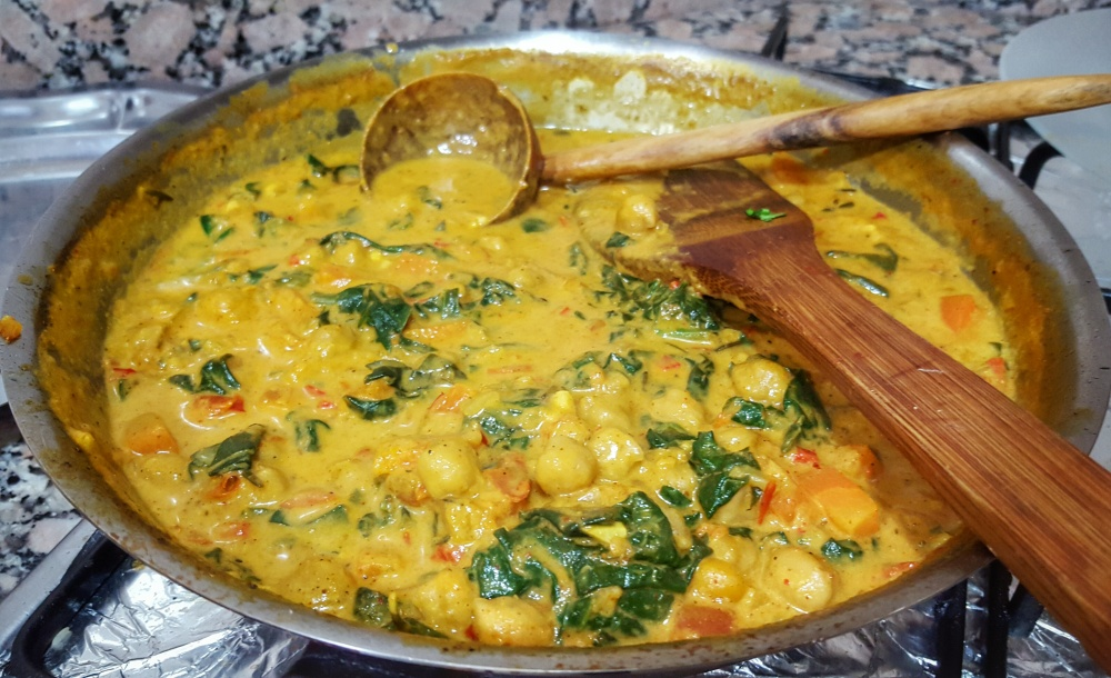 Chickpea and Spinach Curry on the Stovetop
